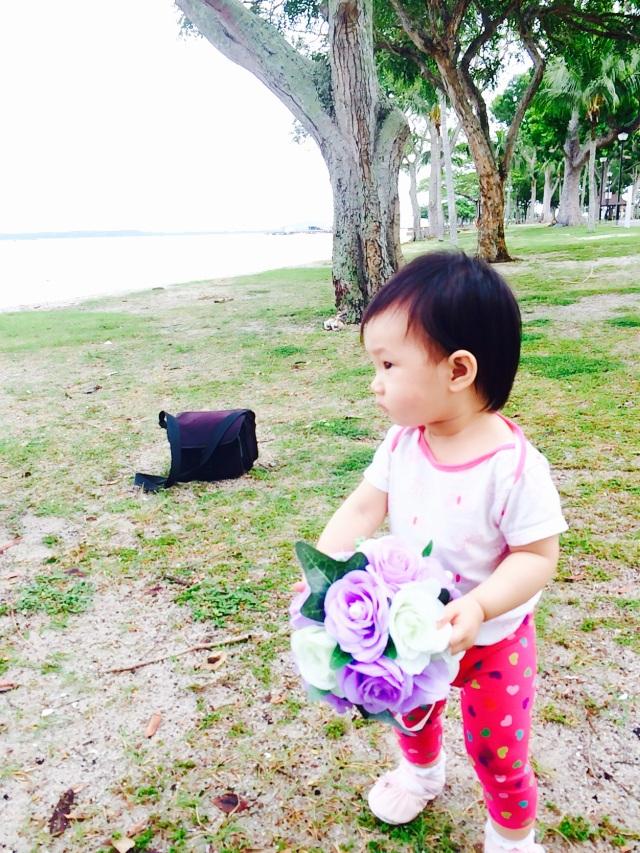 E with bouquet