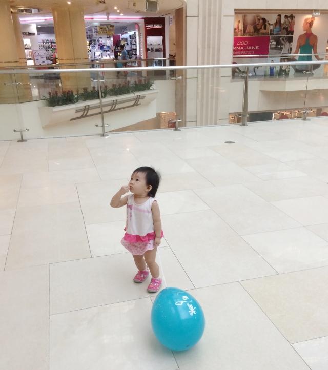 Little E with Putien balloon