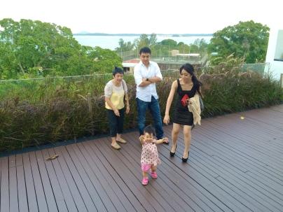 B, VA, Mom and E at Changi Hotel