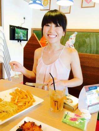 VA looking happy with her food!