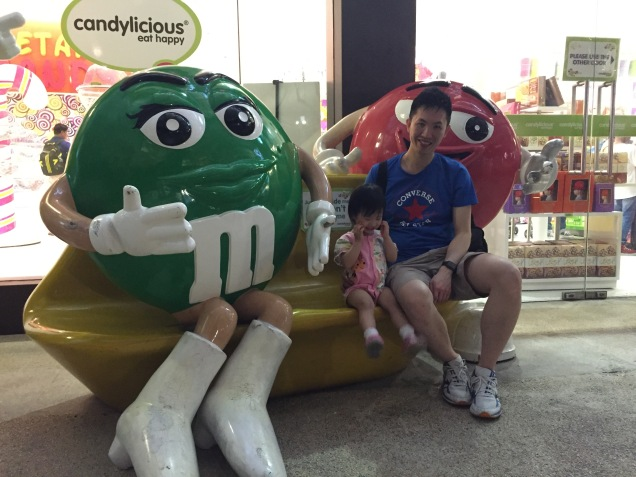 JE with M&Ms