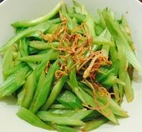 Jade's celery stir-fry